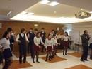 台湾の学生と一緒にダンス